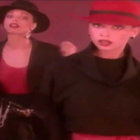 MelAndKim Showing out